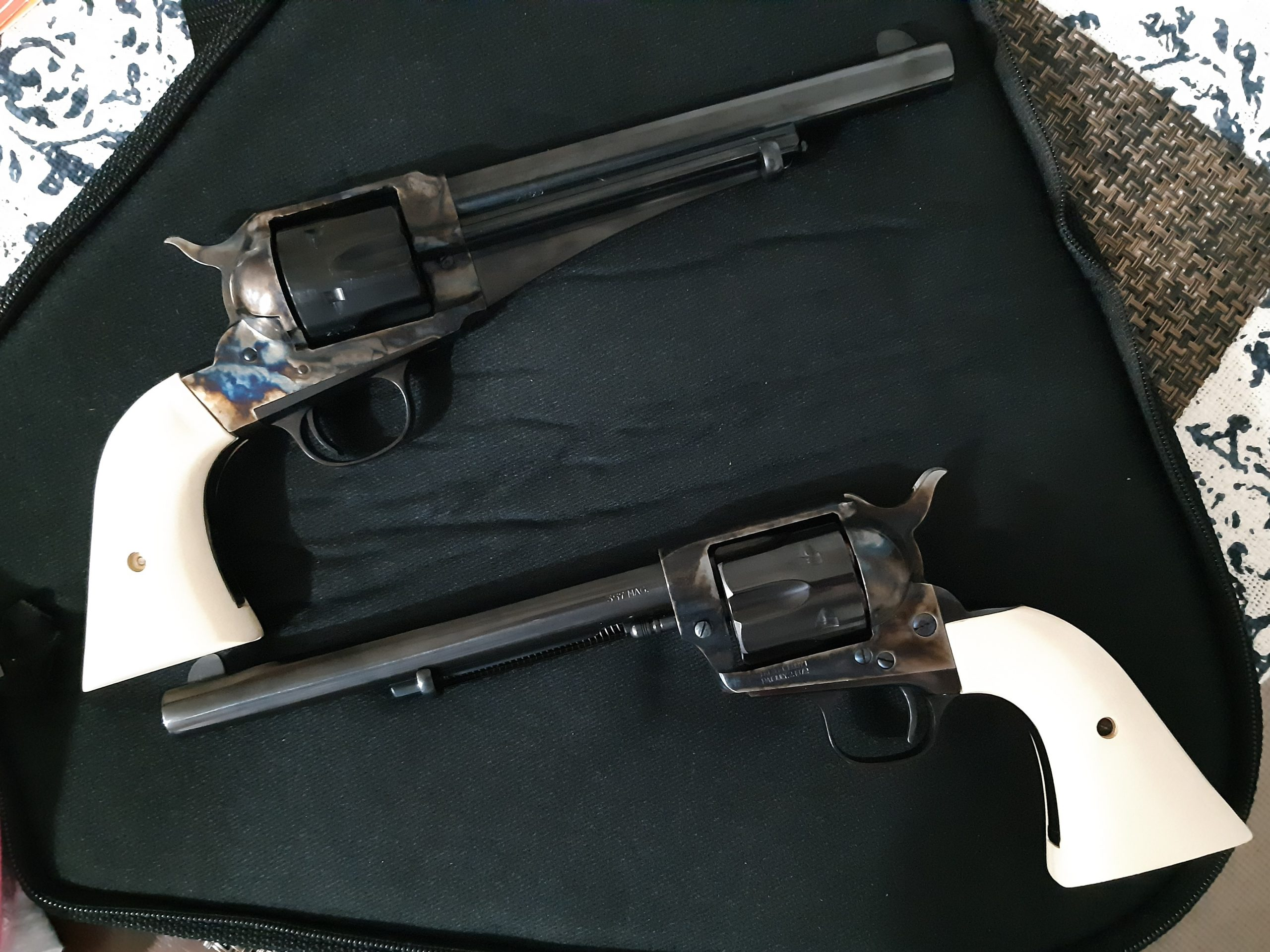 Uberti=Cimarron Model P with EXT Holly grips